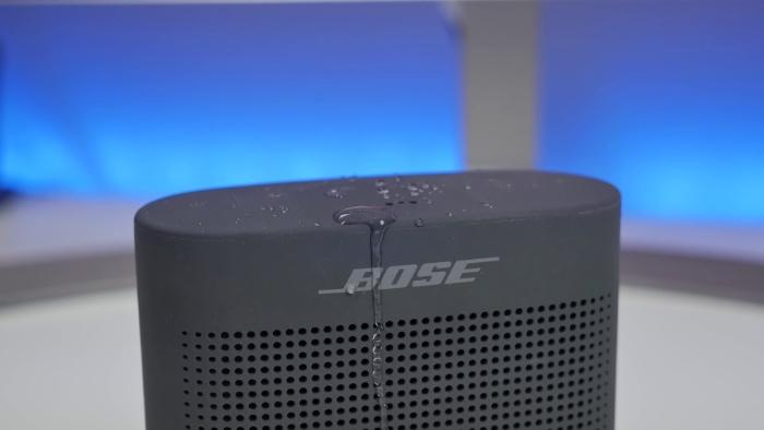 Bose SoundLink Color II Waterproof Close up