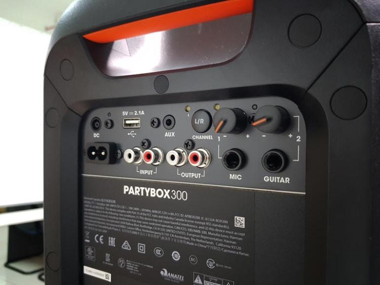 JBL PartyBox 300 Back