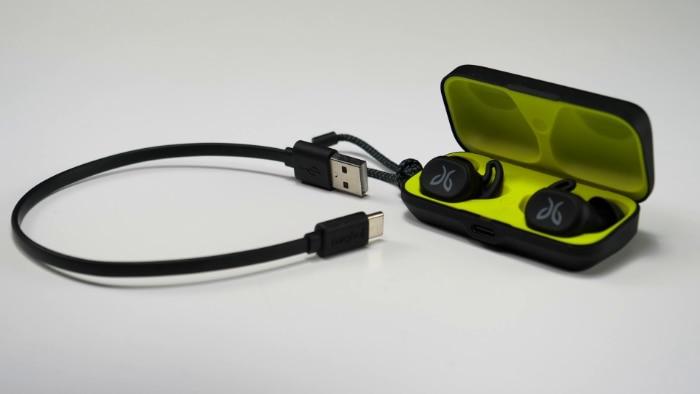 Jaybird Vista Case and USB C