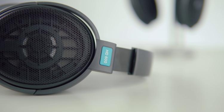 Sennheiser HD 600 Close up