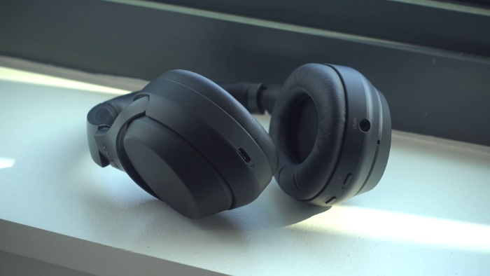 close up of Sony WH1000XM3 ear cups
